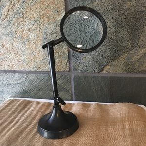 Adjustable Decorative Magnifying Glass